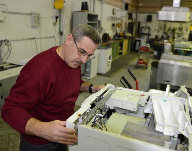 Многолетний опыт ремонта стиральных и сушильных машин