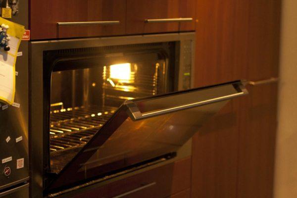 Ремонт электрических и газовых духовок в Одессе