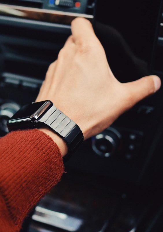 Гарантийный и постгарантийный ремонт Apple Watch в Одессе и Киеве