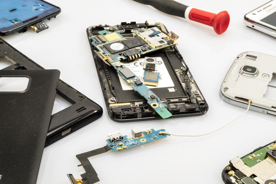 Ремонт цифровой техники: смартфонов, планшетов, ноутбуков